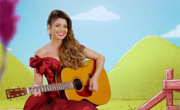 Paula Fernandes em cena do clipe de 'Se o coração viajar' (Foto: Divulgação)