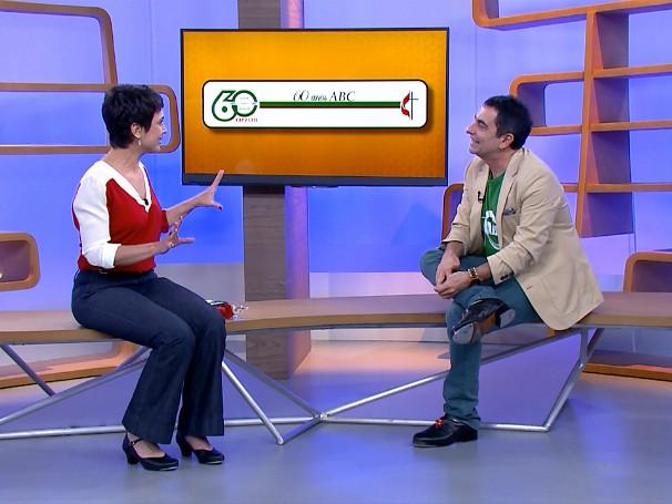 Sandra Annenberg conversa com o professor de sapateado Luyz Baldijão, da Associação Beneficiente Campineira (Foto: Globo)