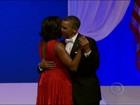 Obama dança com Michelle em festa da posse e homenageia militares