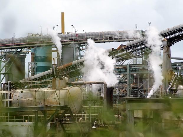 Vista de uma das fábricas do Polo Industrial de Camaçari (Foto: Egi Santana/G1 BA)