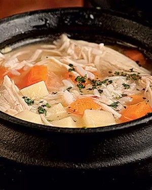 Canja de galinha (Foto: Casa e Comida)