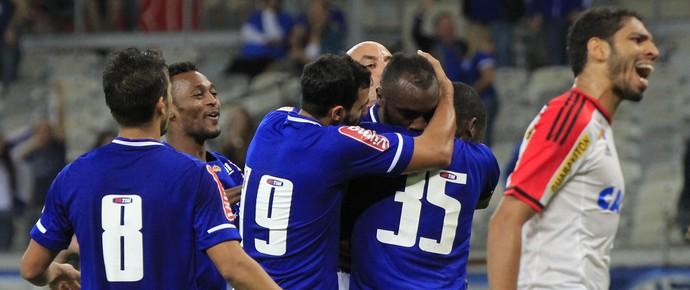 Cruzeiro x Flamengo - gol de Manoel (Foto: Daniel Teobaldo/Futura Press)
