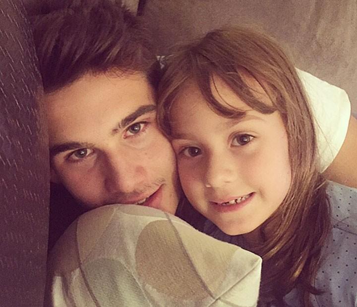 Nicolas com a irmã, a fofa Maria Fernanda, de 7 anos (Foto: Arquivo pessoal)