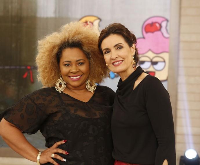 A apresentadora com a mãe convidada que participou do programa  (Foto: Ellen Soares/Gshow)