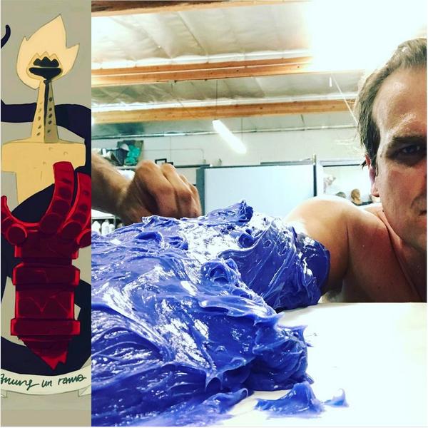 O ator David Harbour nos bastidores da produção do próximo Hellboy (Foto: Instagram)