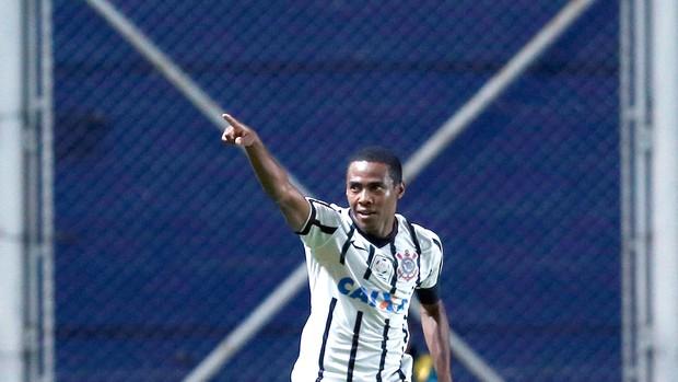 Elias Comemoração, Corinthians x San Lorenzo (Foto: Reuters)