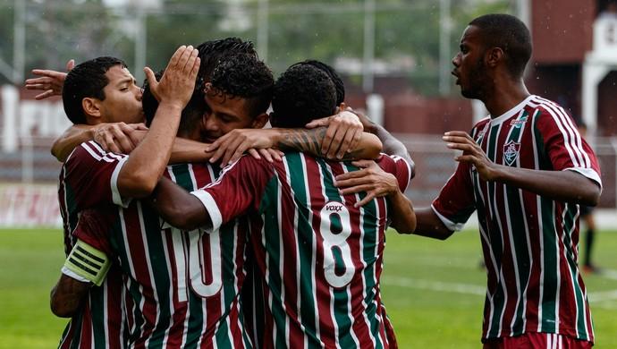 Fluminense x Figueirense (Foto: MARCELLO FIM/FRAMEPHOTO/ESTADÃO CONTEÚDO )