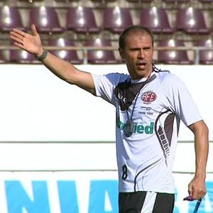 Primeiro treino de Milton Mendes na Ferroviária - Copa Paulista de 2014 (Foto: Paulo Chiari/EPTV)