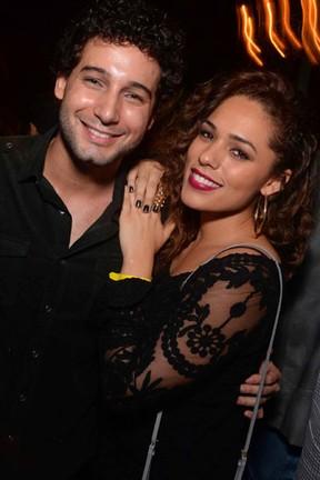 Rafael Almeida e Roberta Almeida em festa no Rio (Foto: Ari Kaye/ Divulgação)
