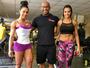 Gracyanne Barbosa impressiona com perna supermusculosa em foto