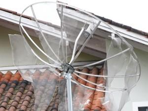 Pedras destruíram imóveis e eletrodomésticos (Foto: Prefeitura de Lages/Divulgação)