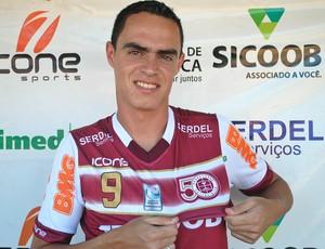 Vitinho, atacante da Desportiva Ferroviária (Foto: Henrique Montovanelli)