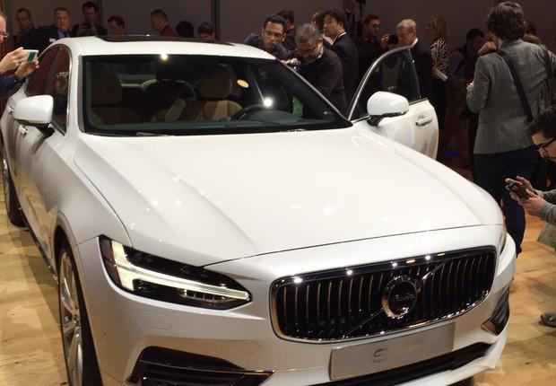 Volvo S90 aparece no Salão de Detroit (Foto: Michelle Ferreira / Autoesporte)