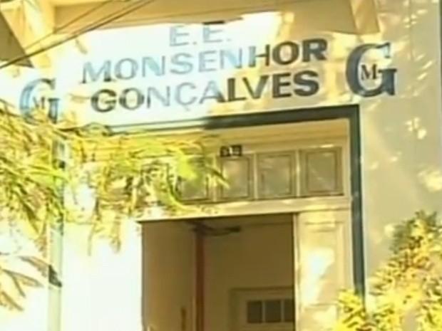 Escola Monsenhor Gonçalves em Rio Preto oferece vagas para cursos de  idiomas (Foto  Reprodução 0d8fbe07c0