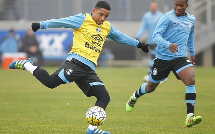 Wallace Oliveira Jefferson Negueba Grêmio (Foto: Lucas Uebel/Grêmio)