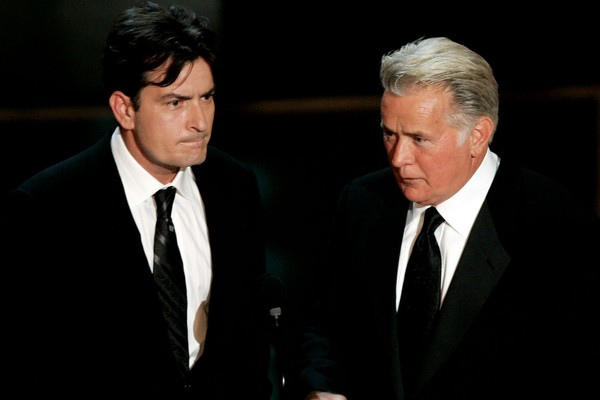 Charlie Sheen e Martin Sheen (Foto: Getty Images)
