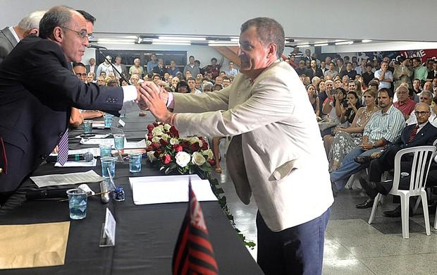 José Carlos Dias, Ex-vice presidente de Fla-Gávea, junto do presidente Eduardo Bandeira de Mello (Foto: Alexandre Vidal e Fernando Azevedo/FlaImagem)