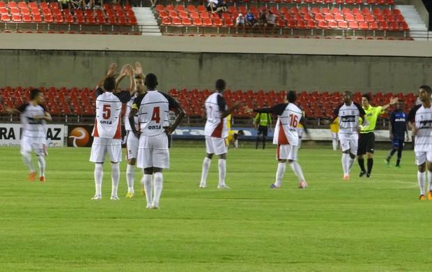 Corinthians-AL venceu o CSA por 4 a 2 no Rei Pelé (Foto: Caio Lorena / Globoesporte.com)