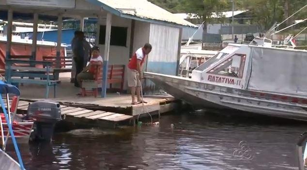 Cooperativa de canoeiros, em Manaus, realizam ação sustentável (Foto: Bom Dia Amazônia)