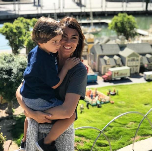 Mariana Uhlmann e o filho, Joaquim (Foto: Reprodução/Instagram)