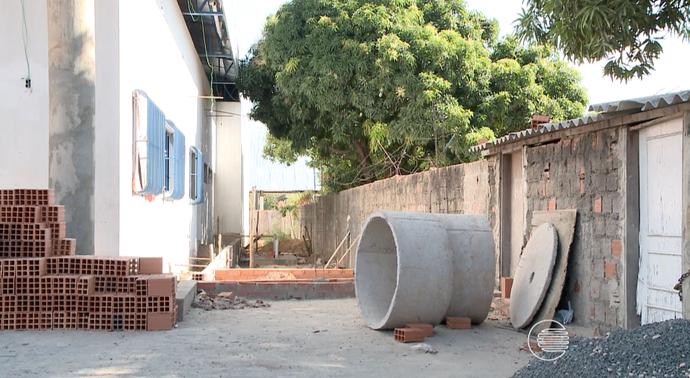 CT Sarah Menezes com obras atrasadas (Foto: TV Clube)