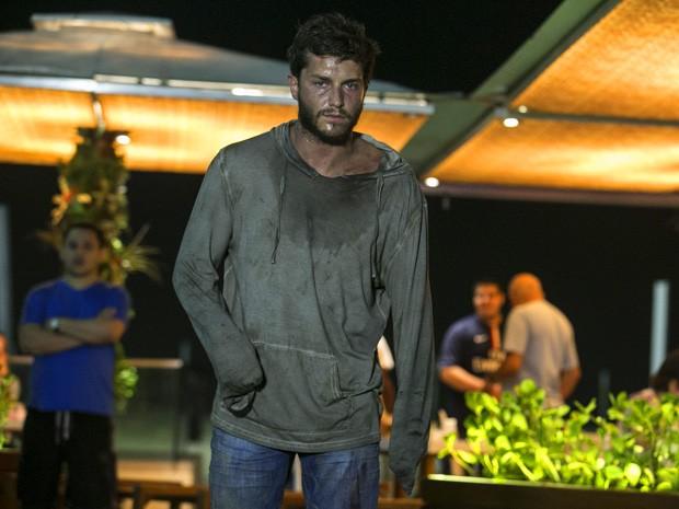 Klebber Toledo grava cena em copacabana (Foto: Inácio Moraes/Gshow)