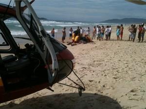 Surfista morreu durante campeonato na praia do Campeche (Foto: Batalhão de Operações Aéreas dos Bombeiros/Divulgação)