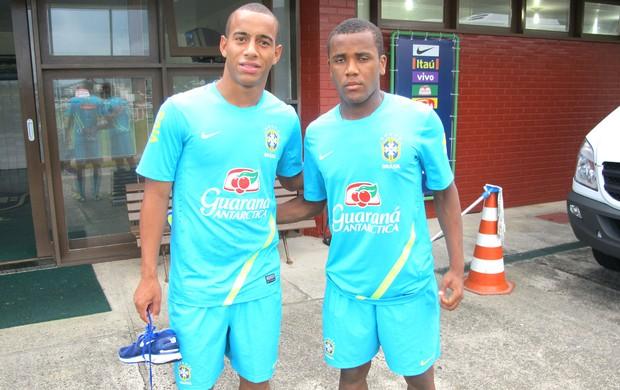 Ademilson e Willie, Seleção sub-20 (Foto: Marcelo Baltar / Globoesporte.com)