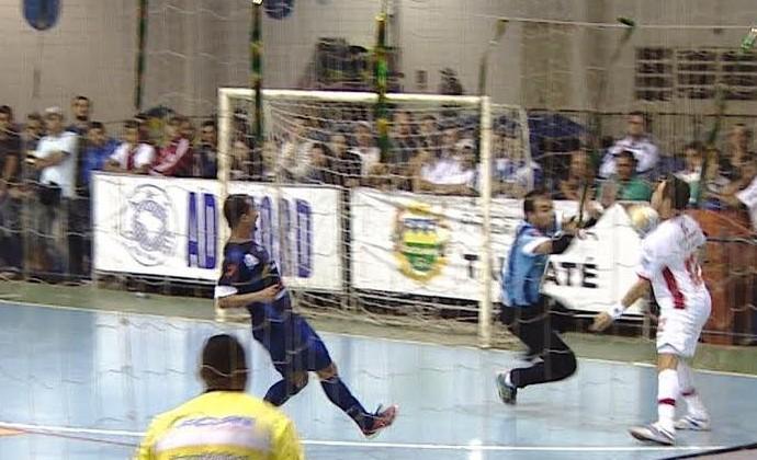 Gol Falcão Sorocaba x Taubaté (Foto: Reprodução/TV Vanguarda)