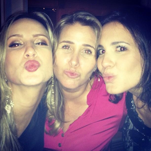 Claudia Leitte, Andréa Sorvetão e Juliana Knust em festa da cantora no Rio (Foto: Instagram/ Reprodução)