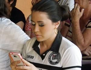Caroline, irmã de Giovanni, meia do Corinthians, em Sorocaba (Foto: Fernando Cesarotti/Globoesporte.com)