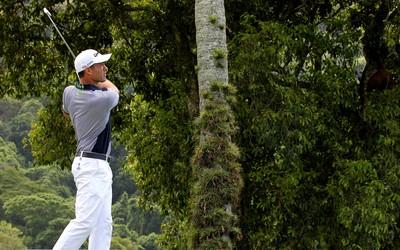 Alexandre Rocha no Aberto do Brasil de golfe em 2013 (Foto: Satiro Sodré)
