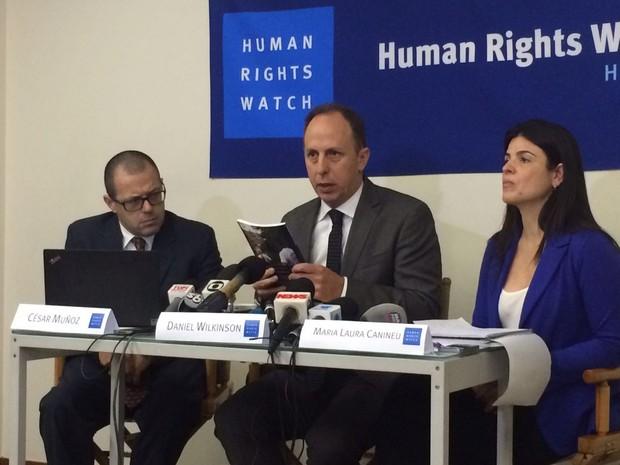 Representantes da Human Right Watch divulgaram um relatório nesta quinta-feira (Foto: Divulgação / Human Right Watch)