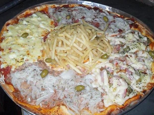Pizza com recheio de batata frita (Foto: Ricardo dos Santos/Arquivo Pessoal)