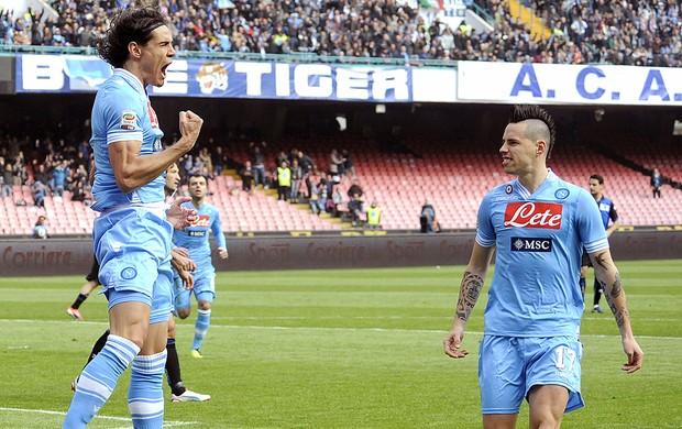 Cavani gol Napoli Atalanta (Foto: AP)