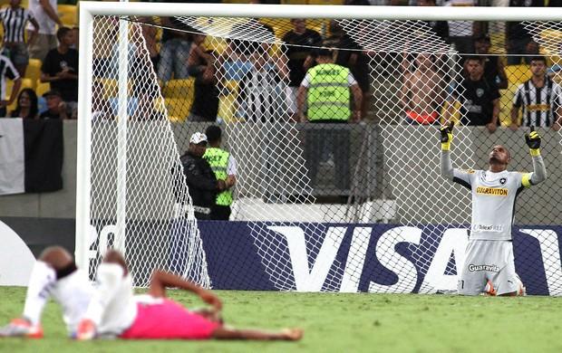 Jefferson jogo Botafogo e Independiente del Valle (Foto: Vitor Silva / SS Press)