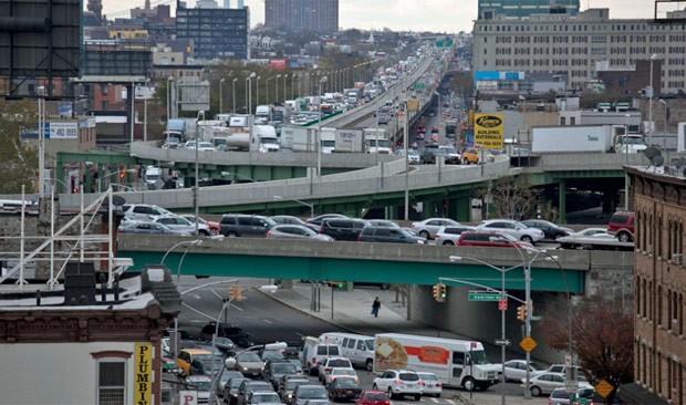 Aeroporto New York Newark : G aeroportos jfk e newark reabrem após passagem de