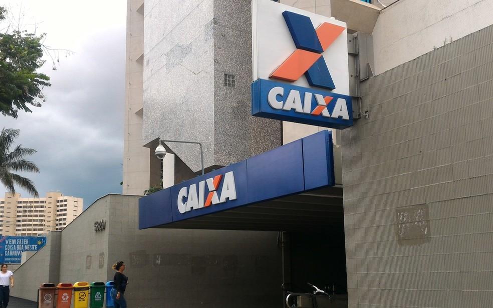 Agências da Caixa irão abrir em horários especial para saque do FGTS inativo (Foto: Vanessa Martins/G1)