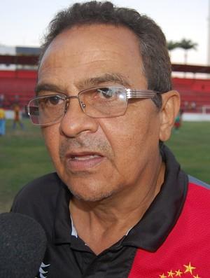 Francisco Diá, técnico do Campinense (Foto: Silas Batista / GloboEsporte.com)