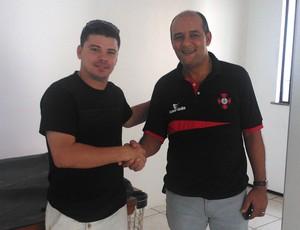 Celinho - técnico - Roberto Fernandes - presidente Moto Club (Foto: Divulgação/Moto Club)
