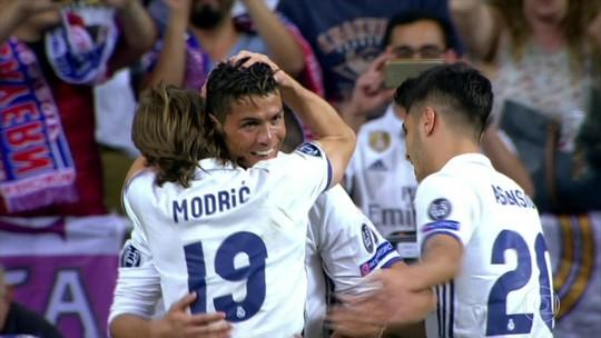 """Piqué alfineta classificação do Real, e Ramos retruca: """"Que ele rebobine e lembre do jogo contra o PSG"""""""