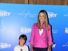 Ticiane Pinheiro leva a filha Rafinha Justus ao cinema