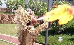 Luana Bandeira apresenta número com fogo que foi proibido na Sapucaí