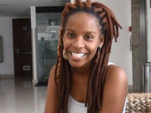 Monique Evelle, de 22 anos, criou o Desabafo Social para verbalizar o que queria dizer (Foto: Danutta Rodrigues/G1)