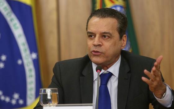 Henrique Eduardo Alves pede demissão (Foto: Fabio Rodrigues Pozzebom/Agência Brasil)