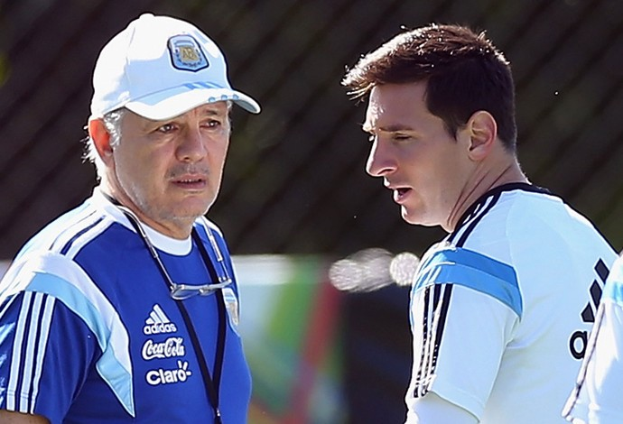 Sabella e Messi treino argentina (Foto: Getty Images)