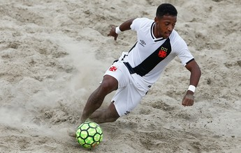 Com quatro gols de Boquinha, Vasco vence outra e avança na Libertadores