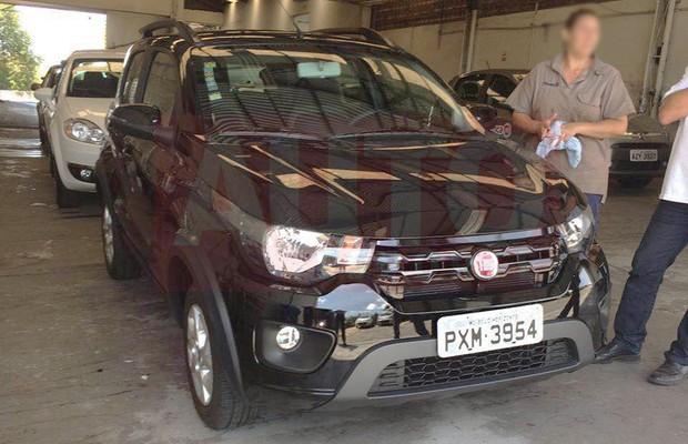 Fiat Mobi aparece de frente em novo flagra (Foto: Reprodução)