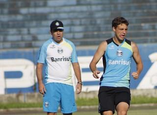 Maxi Rodríguez, meia do Grêmio (Foto: Diego Guichard)