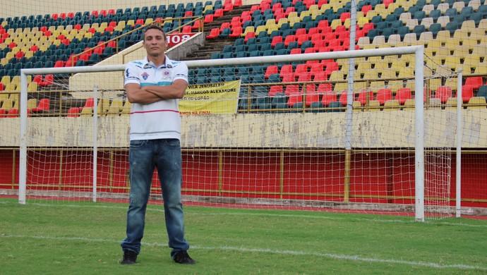 Atacante Rogério Tarauacá, autor do primeiro gol da Arena da Floresta (Foto: João Paulo Maia)